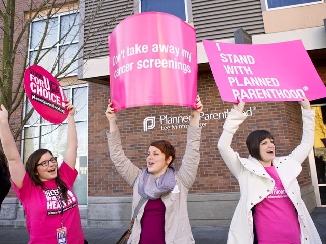 Judge Temporarily Blocks Texas From Removing Medicaid Funds From Planned Parenthood