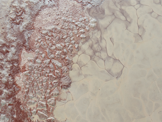 Astronomers Spot Surprising Evidence of Methane Dunes on Pluto
