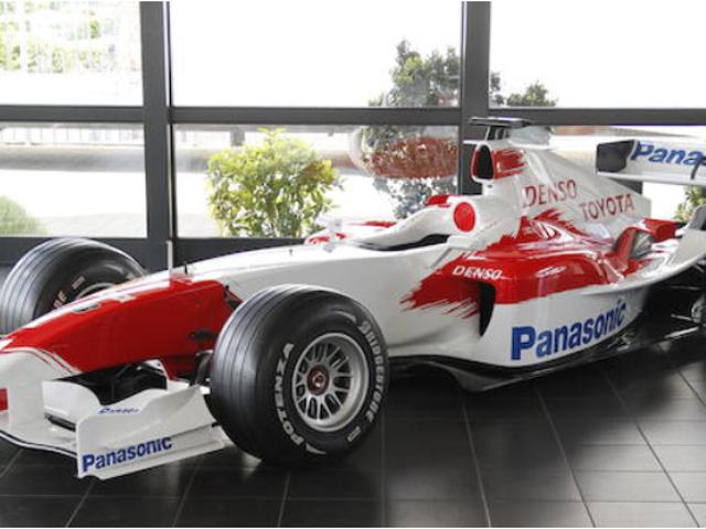 vil du have en Toyota F1 bil?