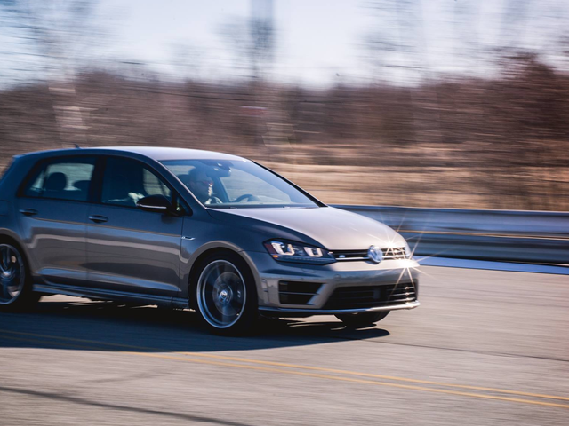 Check Out This Dealership's Insane 'Reconditioning Fee' On A Used Volkswagen Golf R