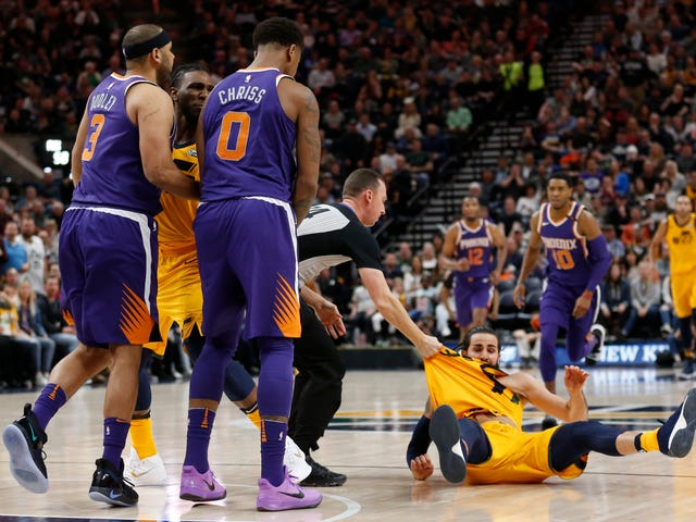 The Crappy, Grumpy Suns Took Two Cheap Shots At Ricky Rubio