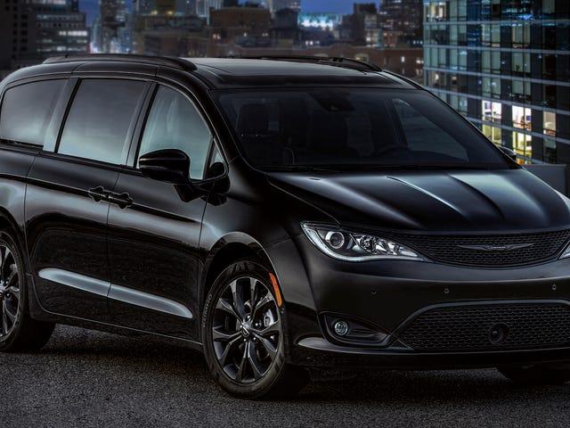 Chrysler Pacifica saa urheilullisen ulkonäköpaketin;  Tämä ei ole keskitason kriisi;  Tai A cry for help OK;  Pelasta minut
