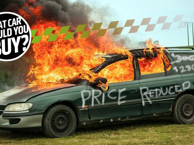 私はできるだけ最新のしかし最も安い車が欲しい! 私は何を買うべきですか?
