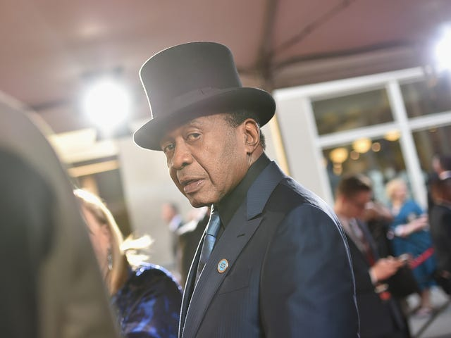 Broadway Star Ben Vereen Accused of Sexually Assaulting Young Actresses During Production of Hair