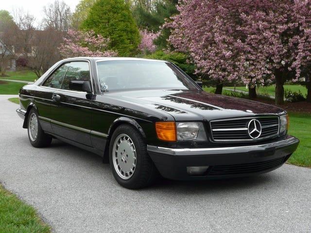 Nee schat, ik koop helemaal geen oude Mercedes ...