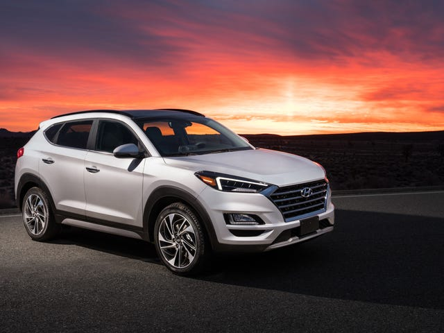 Hyundai Replaces Silver, White And Gray Paint With Silver, White And Gray Paint On The 2020 Tuscon