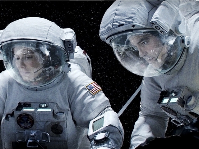 Studio Producers Wanted Alfonso Cuarón to Give Gravity a Much More Comforting Ending