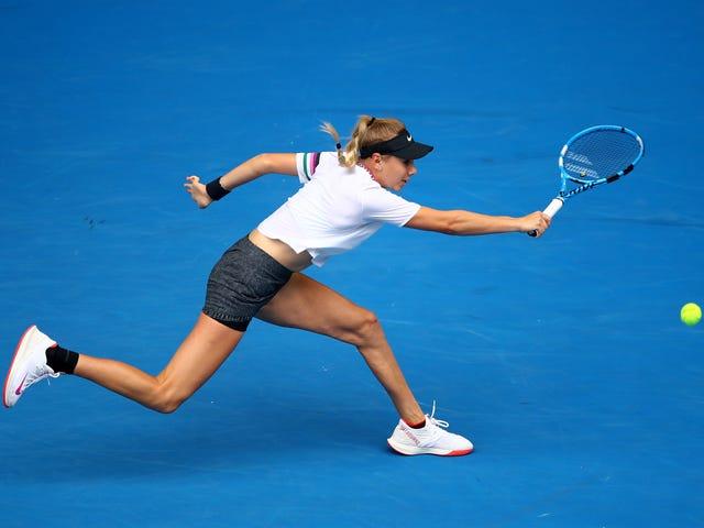 Amerikkalainen teini Amanda Anisimova Rattled suosikki hullu voittaja
