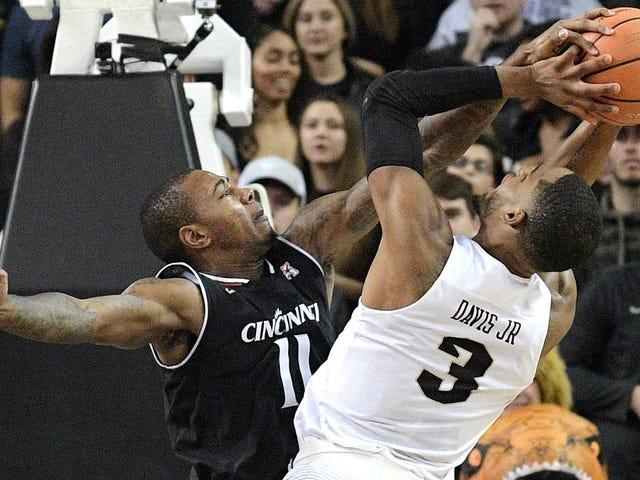 L'équipe de basketball de Cincinnati a tenu l'UCF à moins de points que son équipe de football
