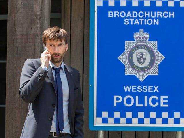 """<a href=""""https://tv.avclub.com/if-you-watch-this-first-episode-of-broadchurch-season-3-1798191681"""" data-id="""""""" onClick=""""window.ga('send', 'event', 'Permalink page click', 'Permalink page click - post header', 'standard');"""">If you watch this first episode of<i> Broadchurch</i> season 3, good luck avoiding the next 7</a>"""