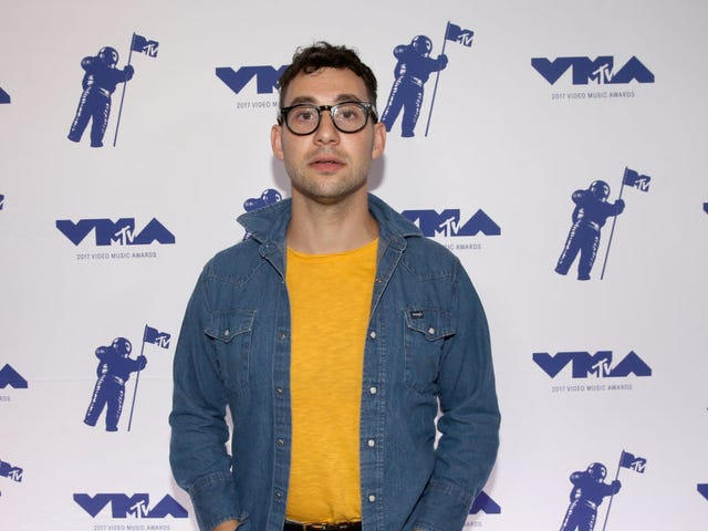 Jack Antonoff Says He Asked Label to Drop R. Kelly Several Times