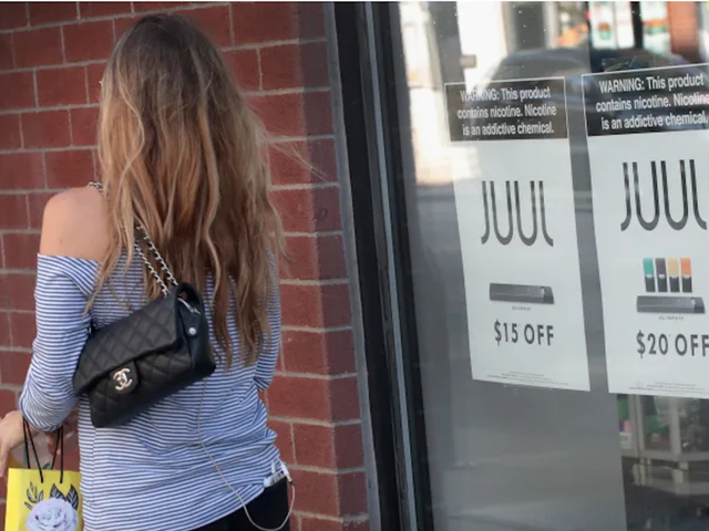 Former Juul Executive Says Company Sent Out 1 Million Contaminated Pods They Refused to Recall