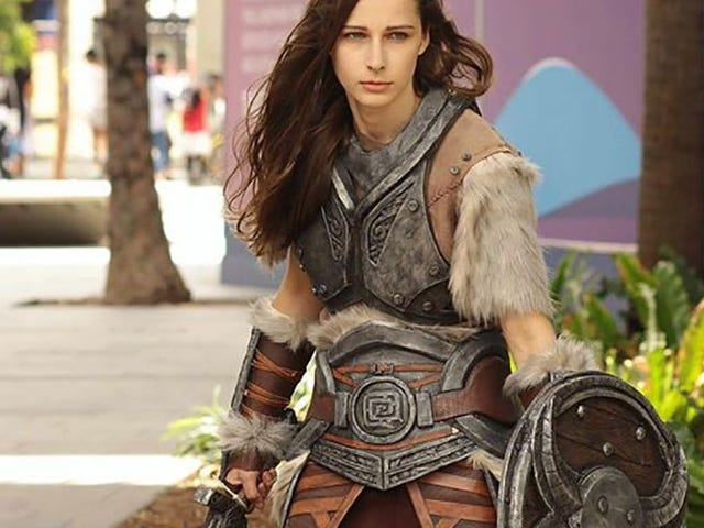 Lydia Is Sworn To Carry Your Skyrim Cosplay Burdens