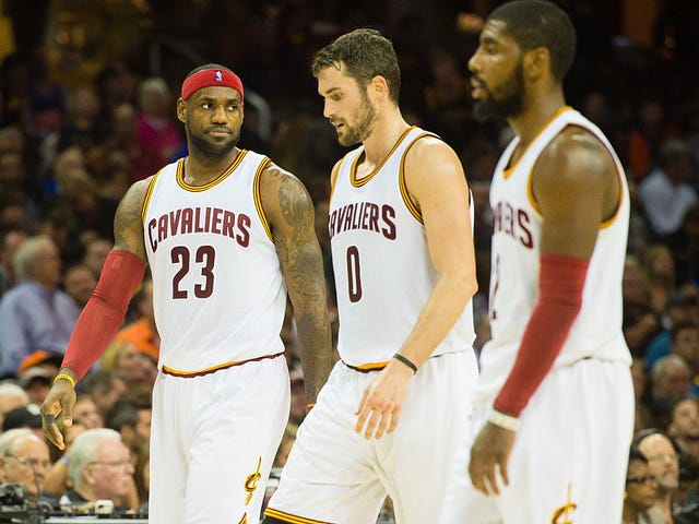 Kyrie Irving Wants Out of Cleveland; Doesn't Want to Play With LeBron Anymore: Report