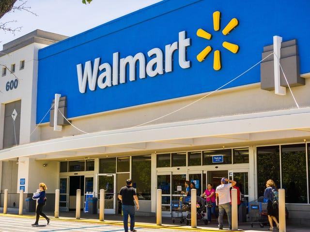 Walmart Will No Longer Sell Assault-Style Ammunition, Allow Customers to Open Carry: 'The Status Quo Is Unacceptable'