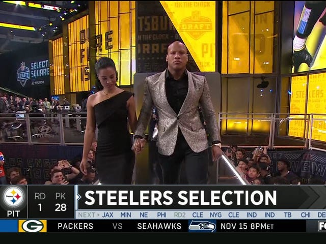 Ryan Shazier Walks On Stage To Announce The Steelers' First-Round Pick