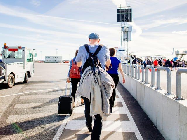 ¿Cómo te vistes para vuelos entre climas fríos y calientes?