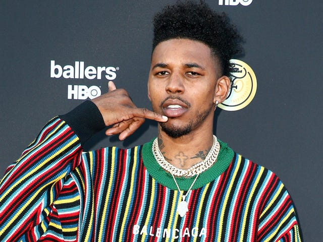 Laporan: Nick Young Stole Man's Phone And Hit Him In The Dick And Balls At A Car Wash