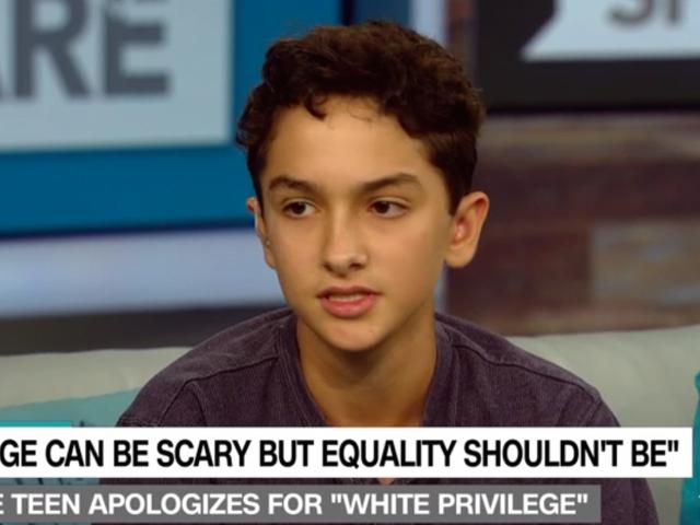 """Το ποίημα """"Λευκό-αγόρι Privilege"""" της Atlanta Teen Go Viral"""