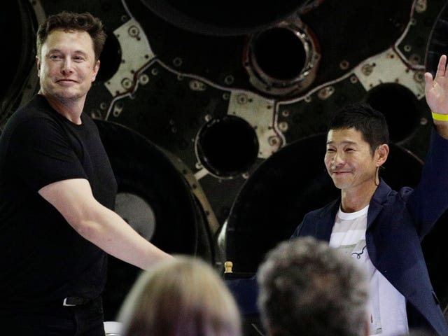 Elon Musk Names Japanese Billionaire Yusaku Maezawa as First Tourist on SpaceX's BFR