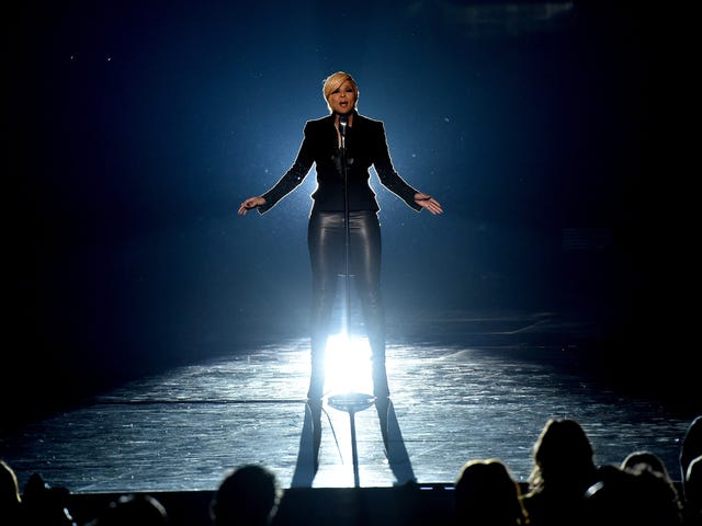 Véritable amour: Mary J. Blige obtient une étoile sur le Walk of Fame à Hollywood