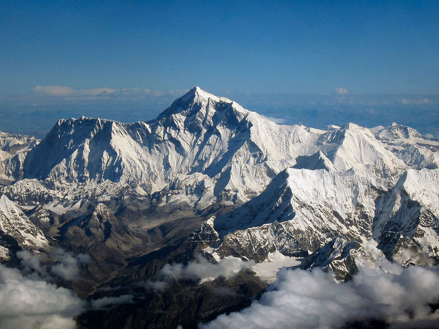 Seven Die in a Week as Mount Everest Is Hit With Record Number of Climbers