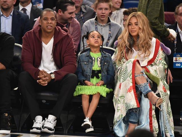 Este vídeo de Jay-Z, Beyoncé e Ms. Tina Fazendo o Slide Elétrico É Tudo