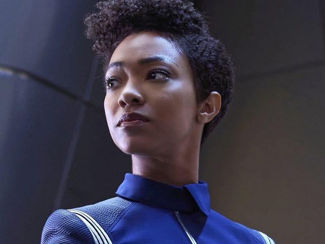Sonequa Martin-Green Thinks Discovery's Burnham Will Be Captain Someday... But How?