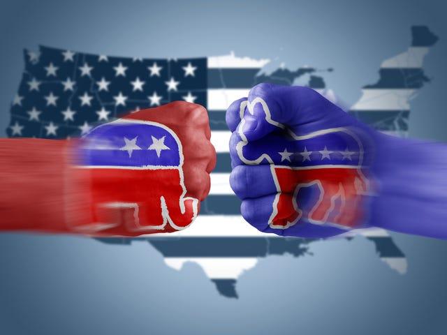 Là chính trị chia rẽ hơn chủng tộc?  Khảo sát cho biết GT GTH.