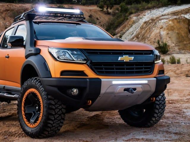 Aquí hay un Chevy Colorado con todos los accesorios imaginables fuera de la carretera