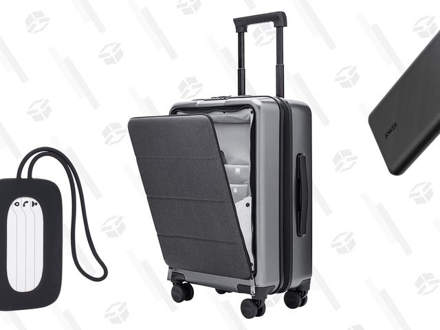 Snag a Free Anker Power Bank and Luggage Tag When You Buy This $110 Suitcase