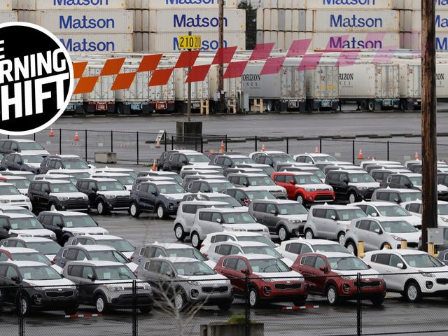 Імпортні автомобілі могли скоро стати загрозою для національної безпеки