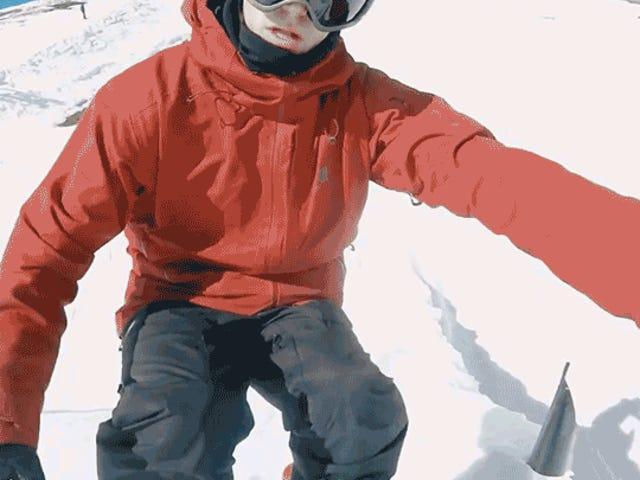 Un skieur capture de superbes images aériennes de ses cascades en lançant juste sa GoPro