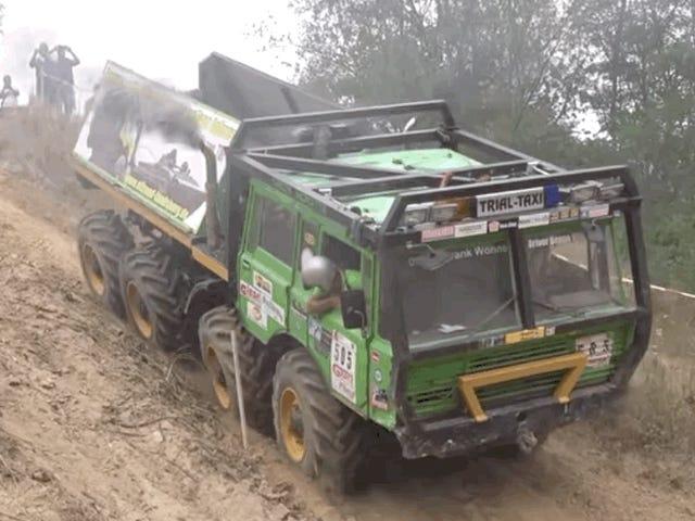 Les essais de camions 8x8 en Europe ne cessent jamais d'être fascinants