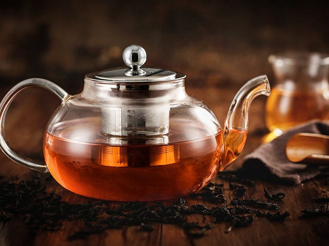 Amazon's Best-Selling Teapot Is Only $14 Today