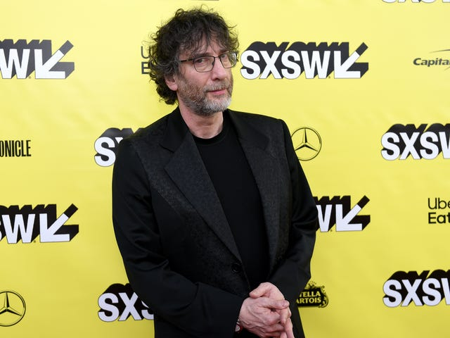 What It's Like to TurnGood OmensInto a TV Show, According to Neil Gaiman, a Guy Who Would Know