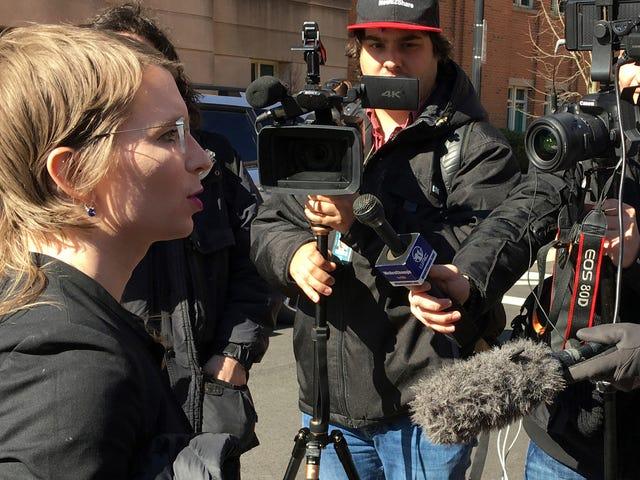 Chelsea Manning verliert sein Angebot, um zu verhindern, dass (offenbar) WikiLeaks bezeugt wird