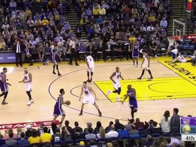Warriors Osoita koripallon voimaa Bludgeoning Kingsin kanssa hullu kolmannen neljänneksen juoksulla
