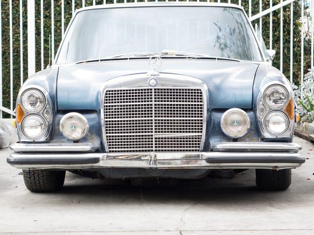 Hittade på Mercedes Shop: Några gamla Mercedes