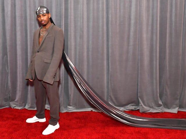 Showet skal gå på: På en mørk dag beviste Grammys Red Carpet en velkommen distraktion
