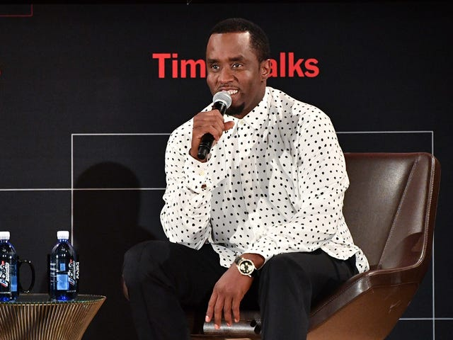 """Diddy Changed His Name to """"Love"""" Because Rich People Can Do Anything"""