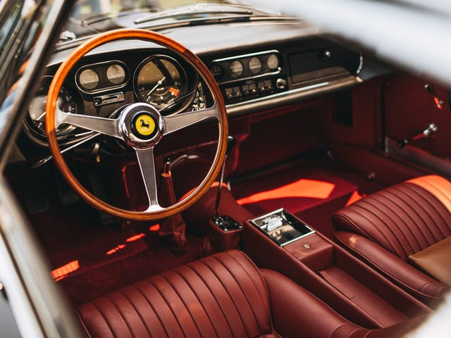 Immerse Yourself In Photos Of All The Most Beautiful Classic Cars You Can Imagine