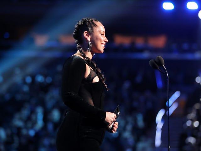 Ma thuật âm nhạc, thời trang và cô gái da đen: Tham gia The Glow Up cho lễ trao giải Grammy
