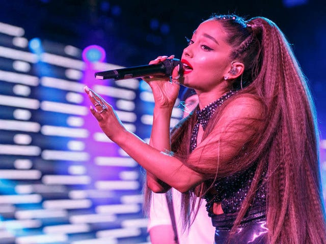 Ariana Grande Sues Forever 21 For Hiring 'Look-Alike Model' To Sell Makeup