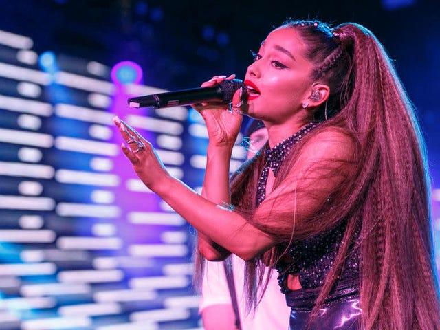 Ang Ariana Grande ay Nagpapakita ng Magpakailanman 21 Para sa Hiring 'Look-Alike Model' To Sell makeup