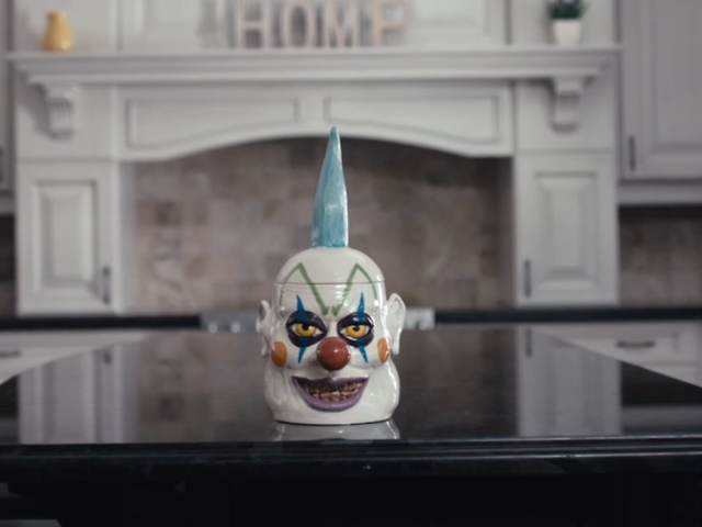 Now That You've Recovered From It Chapter Two, Here's a New Clown to Invade Your Nightmares