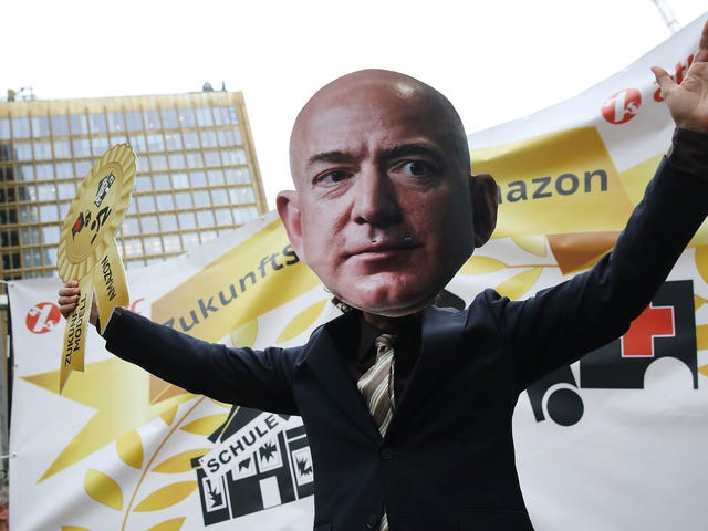 EU Antitrust Cop Investigating Whether Amazon Misuses Seller Data for Profit