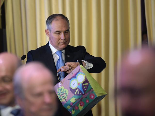 レポート:EPA、スコット・プルーット氏の気候変動を否認