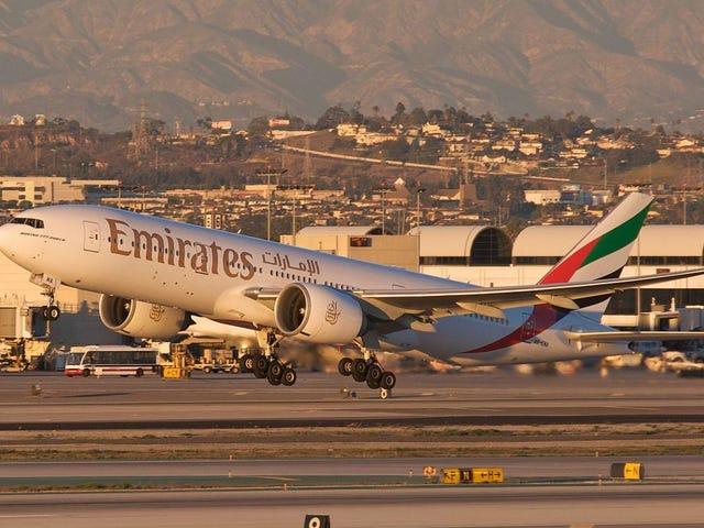 Un avión con más de 500 pasajeros es puesto en cuarentena en Nueva York porque muchos se sentían enfermos