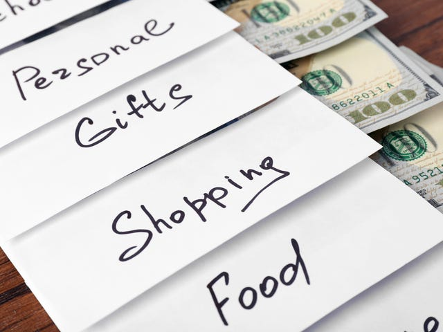 How to Use the Cash Envelope System to Curb Mindless Spending